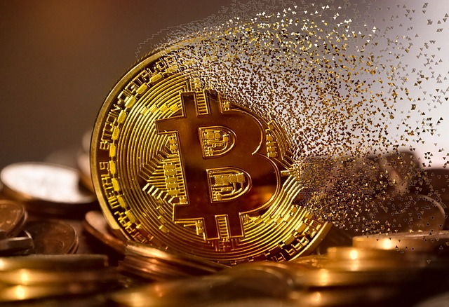 blockchain-3446557_640